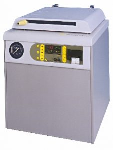 QCS top loader by Priorclave