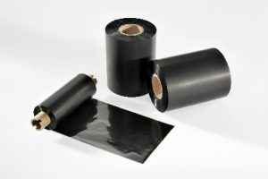 Thermal transfer film for labels used in auoclaves