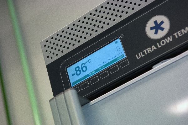 Temperature monitoring: Monitor your lab fridge/freezer the easy way